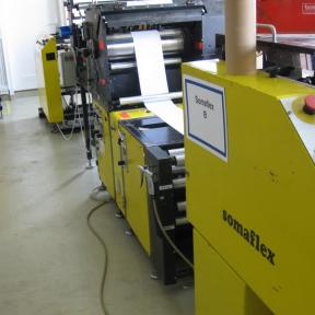 Anlagenetikett A4 dient zur visuellen Kennzeichnung der Anlage, so dass sich jeder Mitarbeiter schnell zurecht finden kann