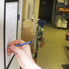 Formblätter sind im Dokumentenhalter A4 Kleb Fen direkt beschreibbar