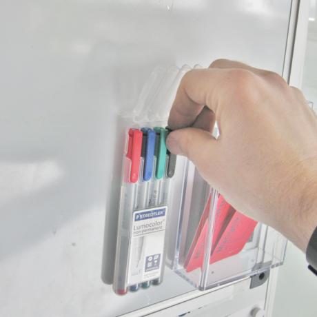 Einfacher Zugriff auf die Stifte direkt vor Ort an der Tafel