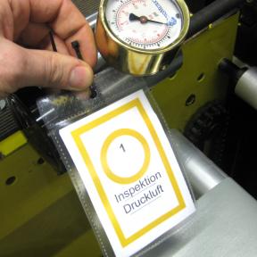 Mit der Inspektionspunkt Bag M einfach von Hand Instandhaltungspunkte kennzeichnen