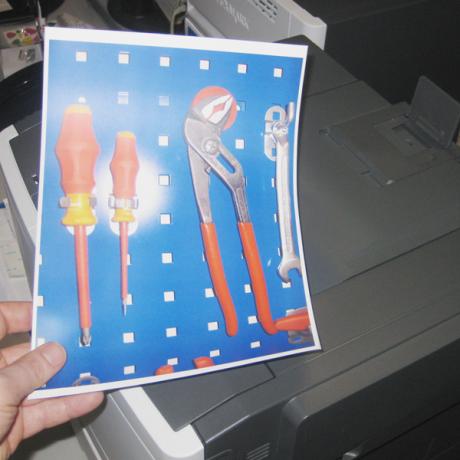 MIt Hilfe der Etiketten können die Werkzeuge an der Werkzeugtafel M visualisiert werdenWerkzeugtafel M