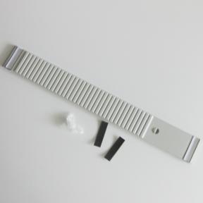T-Kartenschiene mit Magneten und Schrauben
