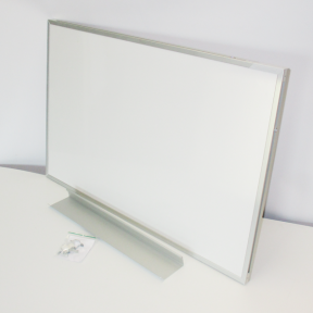 Whiteboard 90 pro mit stabilen Rahmen