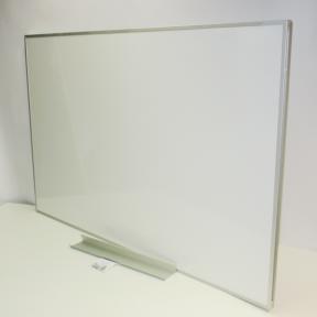 Whiteboard 150 pro mit stabilen Rahmen