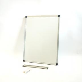 Whiteboard 60 eco mit schutzlackierter Oberfläche
