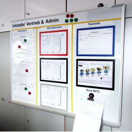 Whiteboard 120 eco mit Dokumentenhaltern und visuellen Hilfsmitteln