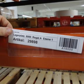 Kanbanhalter Kleb 220x55 D mit eingesteckter Kanbankarte